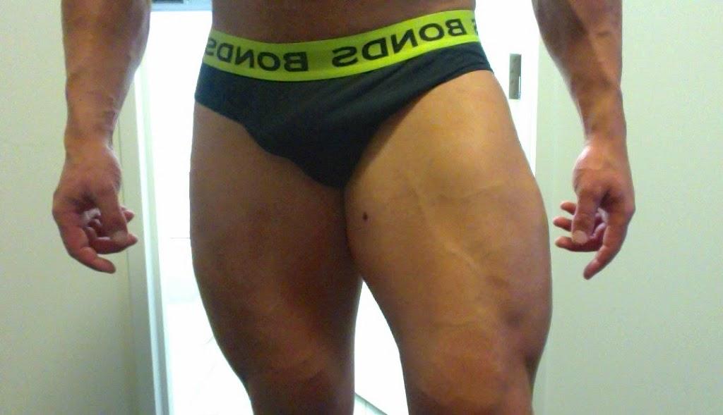 gambe bodybuilder natural