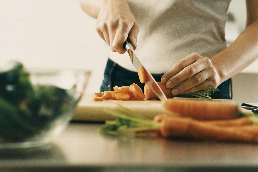 Mangiare-sano-è-fondamentale-mettersi-a-cucinare-dure-ore-al-giorno
